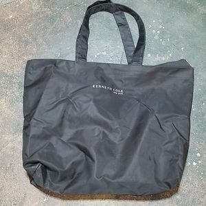 Kenneth Cole New York Bags - Kenneth Cole NY oversized nylon tote bag